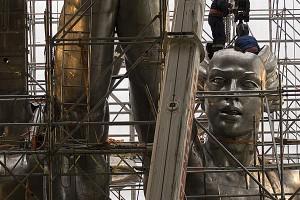 Монтаж памятника после реставрации