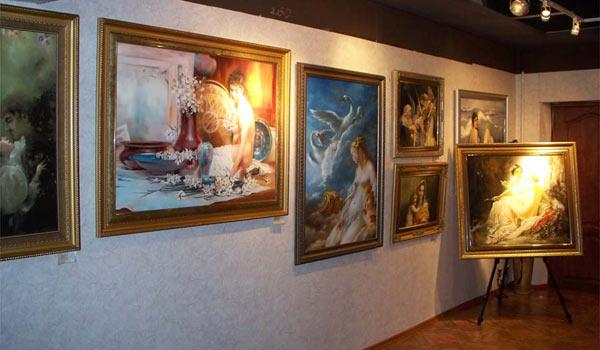 Выставка в орловской галерее Арбат
