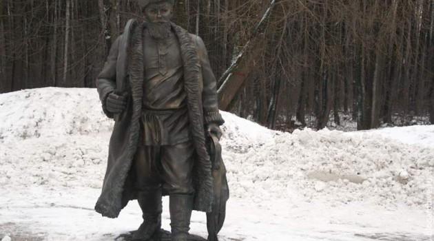 Памятник русскому ямщику. Терлецкий парк. Москва. 2011 год.