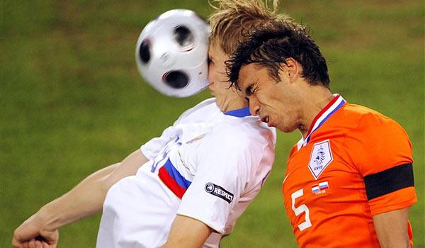 Эпизод матча Россия-Голландия на Евро 2008
